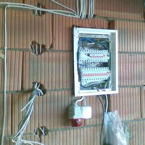 elektros darbai pasidaryk pats mano valda